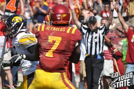 Darius Reynolds catch vs Iowa 2011 527x350